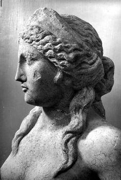 hismarmorealcalm:  Statue of a nymph (Ino-Leukothea?) Found in the Teatro Museo Ostiense