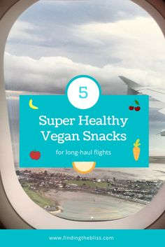 For vegans and health-conscious travellers! 🌱🌎😊 Check out how we pack our hand luggage in long-haul flights with healthy snacks to keep us going, sometimes for more than 24 hours! Bon appétit!