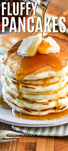 Homemade pancakes are foolproof with this easy recipe. Made with a handful of ingredients these are fluffy and delicious pancakes from scratch. Try adding bananas, blueberries, or even pumpkin into this yummy recipe! How To Cook Pancakes, Fluffy Pancakes, Tasty Pancakes, Breakfast Pancakes, Breakfast Dishes, Breakfast Recipes, Recipe For 4 Pancakes, Buttermilk Pancakes, Waffle Recipes