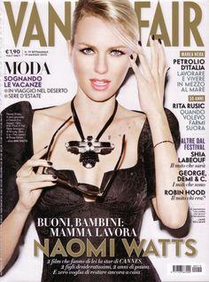 Naomi Watts en couverture du magazine Vanity Fair - Mai 2010 / / #cover #naomiwatts #vanityfair #photography #sexy #woman #photoshoot #hot #model