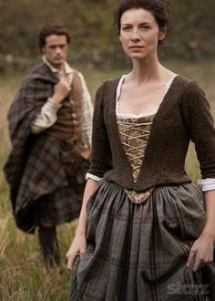 Outlander season 1 promotional picture wallpaper with a polonesa, polonês, polonaise in The Claire & Jamie Fraser Club