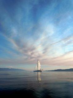 The Lake 5 mins from where I grew up, Flathead Lake, MT Places Around The World, Around The Worlds, Flathead Lake Montana, Moon Over Water, Wonderful Places, Beautiful Places, Montana Homes, Water Pictures, Big Sky