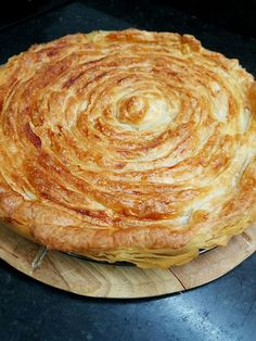 Tuna, cheese and onion pie - Tuna, cheese and onion pie - Cold Sandwiches, Sandwiches For Lunch, Seafood Recipes, Mexican Food Recipes, Cooking Recipes, Quiches, Cheese And Onion Pie, Club Sandwich Recipes, Tacos And Burritos