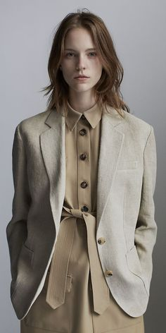 Boyfriend style blazer, a little twist to the workplace attire. CÉLINE Spring 2014