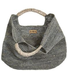 Crochet Raffia Leather Tote à Crochet Tote, Crochet Handbags, Crochet Purses, Knit Crochet, Crochet Shell Stitch, My Bags, Purses And Bags, Tote Bags, Basket Bag