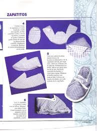 Baby shoes ideas the most beautiful designs for the youngest of the family. Baby Booties Knitting Pattern, Baby Shoes Pattern, Shoe Pattern, Baby Boy Shoes, Baby Boots, Handmade Christmas Crafts, February Baby, Angel Outfit, Felt Shoes