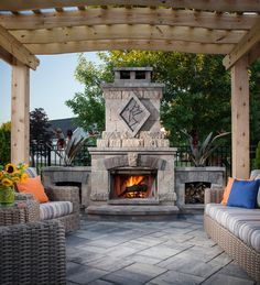 There are lots of pergola designs for you to choose from. You can choose the design based on various factors. First of all you have to decide where you are going to have your pergola and how much shade you want. Diy Pergola, Wooden Pergola, Outdoor Pergola, Backyard Patio, Outdoor Decor, Outdoor Areas, Pergola Ideas, Metal Pergola, Patio Ideas
