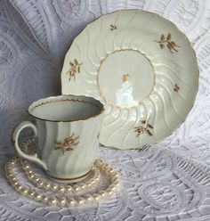 Early ROYAL WORCESTER FLUTED Coffee Tea Cup Saucer Set w/ GOLD TRIM HAND PAINTED #ROYALWORCESTER