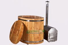 Basic wooden ofuro hot tub with external heater #hottub #ofuro #woodburning