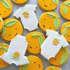 Citrus is such a sweet inspiration for a baby shower! These cookie cuties headed… Citrus is such a sweet inspiration for a baby shower! These cookie cuties headed to this weekend with a tiered cake that had an adorable kawaii orange topper 🍊 Baby Shower Fruit, Tea Party Baby Shower, Baby Party, Baby Shower Themes, Baby Shower Decorations, Baby Shower Desserts, Shower Ideas, Baby Cookies, Baby Shower Cookies