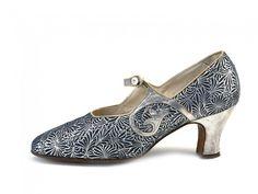 Art Deco Pair of Blue & Silver Metallic Leather Shoes. / 1920s / La Parisienne