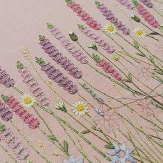 무더위에 매일매일 작업중... #프랑스자수 #embroidery