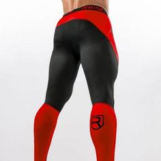 RUN COMPRESSION TIGHTS Book your copy before the end of the promotion! Your run apparel is as important as your running shoes. This Run Compression Tight has been developed with a detailed understanding of the impact run Funky Tights, Mens Tights, Intensives Training, Lycra Men, Sport Outfit, Casual Wear For Men, Compression Pants, Mens Activewear, Leggings