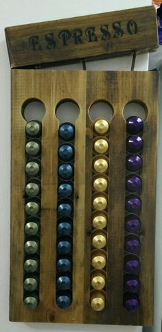 The most beautiful nespresso capsules holder, made from reclaimed wood! Coffee Pod Storage, Coffee Pod Holder, Coffee Pods, Nespresso, Coffee Server, Diy Rustic Decor, Coffee Shop Design, Tile Installation, Capsule