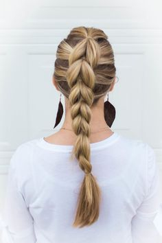 How to Pull-Through Braid an Easy Beginner Hairstyle - Dazzling Hospitality Messy Short Hair, Braids For Short Hair, Cute Hairstyles For Short Hair, Pretty Hairstyles, French Braid Hairstyles, Box Braids Hairstyles, Natural Hair Styles, Short Hair Styles, Pull Through Braid
