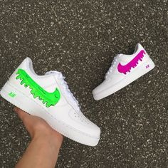 Nike White - Odd Dripping by D Rob Customs Fly Shoes, Kicks Shoes, Nike Shoes Air Force, Nike Air Force Ones, Best Sneakers, Sneakers Fashion, Shoes Sneakers, Snicker Shoes, White Nike Shoes