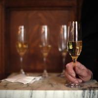 Les plus vieux champagnes du monde--- trouves en Baltique
