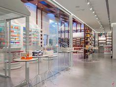 HERMOSA pharmacy by Marketing Jazz, Mancha Real   Spain store design