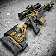 Well this is a fine ass sniper rifle Zombie Weapons, Weapons Guns, Guns And Ammo, Fire Machine, Machine Guns, Arsenal, Armas Airsoft, Cool Guns, Assault Rifle