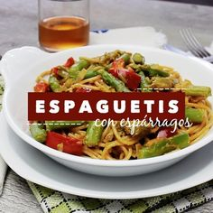 Receta en video Delicious and simple whole spaghetti with aspa Veggie Recipes, Vegetarian Recipes, Cooking Recipes, Healthy Recipes, I Love Food, Good Food, Yummy Food, Spaghetti, Asparagus Recipe