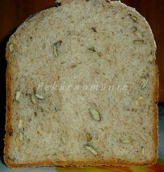 Celozrnný kefírový chleba s dýňovým semínkem - My site Keto Bread, Bread Baking, Bread Food, Bread Recipes, Ricotta, Banana Bread, Bakery, Food Porn, Food And Drink