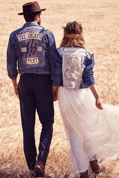 Free People Launched a Stunning Boho Inspired Bridal Collection: 'FP Ever After'. Check out the look Boho Style Dresses, Bohemian Wedding Dresses, Boho Bride, Dress Wedding, Fashion Dresses, Denim Wedding, Wedding Jacket, Trendy Wedding, Punk Wedding