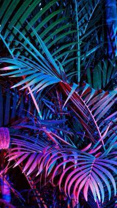 Neon Wallpaper, Phone Screen Wallpaper, Cute Wallpaper Backgrounds, Tumblr Wallpaper, Aesthetic Iphone Wallpaper, Phone Backgrounds, Cute Wallpapers, Aesthetic Wallpapers, Purple Aesthetic