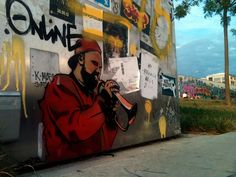 Mr. Bonny at the East-Side-Park Berlin #streetart #stencil #berlin #wall #eastsidepark #bonney #sound #art