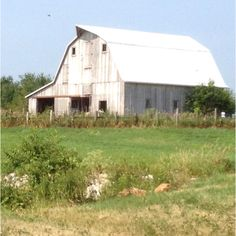 Old barn- Mattoon, Il