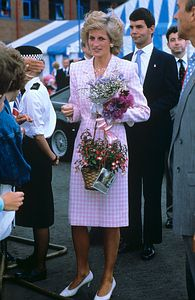 July 27 1989 Diana opened the new headquarters of the National Breakdown Recovery Club, Dawson's Corner, Leeds, Pudsey, West Yorkshire Diana visits Manorlands, the Sue Ryder Home for Cancer Patients, in Oxenhope, West Yorkshire