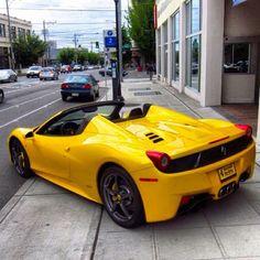 Beautiful Banana Ferrari! Liberty Walk, Fancy Cars, Ferrari Car, Love Car, Hot Cars, Car Pictures, Exotic Cars, Motor Car, Cars And Motorcycles