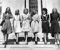 Fashion From the 1940s | fashion got a whole lot more warlike in the 1940s. Military clothing ...