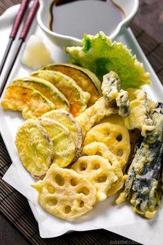 Easy Japanese Recipes, Japanese Dishes, Japanese Food, Japanese Desserts, Japanese Tempura Recipe, Tempura Sushi, Tempura Roll, Shrimp Tempura, Sushi Sushi