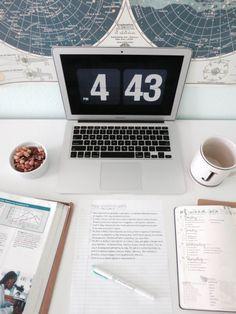 New post on idkstudyblr College Notes, School Notes, College Fun, College Motivation, Work Motivation, Study Desk, Study Space, Study Photos, Study Journal
