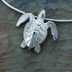 Green Sea Turtle Pendant Necklace | Big Blue Jewelry | Roland St. John