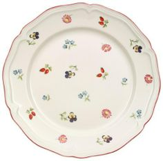 Flowers blossom inside the elegant scalloped rim of the Villeroy and Boch Petite Fleur Salad Plate . Dishwasher and microwave safe, the porcelain. Salad Bowls, Salad Plates, Zeller Keramik, Brunch, Four Micro Onde, Breakfast Plate, Villeroy, Side Plates, Cereal Bowls