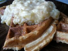 Peanut flour waffles (from weight loss blog).       1 egg ** 1/4 cup of peanut flour**   a lot of cinnamon **  1/3 cup of cottage cheese (1%)  **1/4 tsp baking powder** (sweetner if wanted) - magic bullet it - cook on waffle iron.  240 cals - 9.5g fat - 12.5g carbs - 4g fiber - 31.5g protein = 6 WW pts