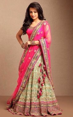 Looooove this for walima!!! i loooooove the color combination