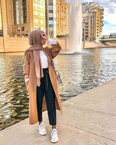 😍❤️ My new zara coat I love so much 😍 … – Fashion Trends OUTFIT . My new zara coat I love so much Street FashionPhoto (I love street stylePhoto (I love street style - outfitsEdgy Streetstyle Modern Hijab Fashion, Street Hijab Fashion, Hijab Fashion Inspiration, Muslim Fashion, Modest Fashion, Hijab Fashion Summer, Modest Outfits Muslim, Hijab Fashion Style, Islamic Fashion