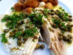 Stripe wing with capers sauce - meal Broccoli, Seafood, Food And Drink, Lunch, Chicken, Dinner, Vegetables, Cooking, Healthy
