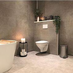 @laillenor 💕 #passion4interior #interiør #luxury #homedetails #details #interiors  #dekor #decor #finahem #inspiration  #interiorstyled #norway #inspo #inspohome #onetofollow #photooftheday #interior4all #fine_hjem #the_real_houses_of_ig #picoftheday #interior2you #interior4you #livingroom #like4like #shabbychic #eleganceroom #bathroom