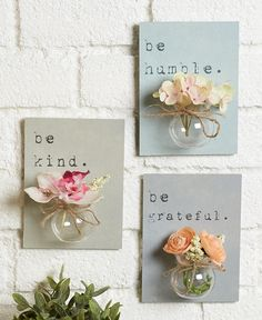 Create a beautiful floral display in no time at all with this Set of 3 Jar Vase Wall Hangings. Each plaque features a heartfelt word or phrase. The a diy home accents Sets of 3 Jar Vase Wall Hangings Diy Décoration, Easy Diy, Sell Diy, Diy Y Manualidades, Deco Originale, Diy Home Decor Projects, Decor Ideas, Diy Ideas, Diy Wall Decor