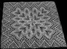 needlework passion and more ....: Tablecloths square made of knitting