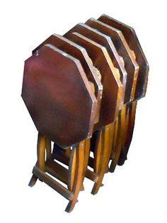 MESA FLEXÍVEL - Mesa cocktail dobrável madeira. Usada para eventos externos/ apresentação de coleção.