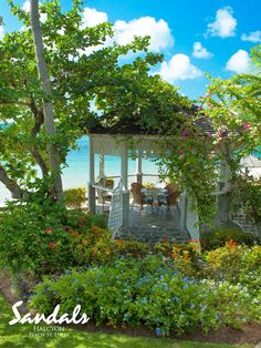 Ocean-front gazebos offer spectacular views of the Caribbean Sea.