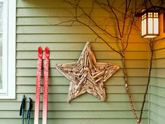 18-easy-ways-to-decorate-your-porch-for-christmas4