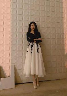 Luna Fashion, Korean Girl Fashion, Korean Fashion Trends, Kpop Fashion Outfits, Girl Outfits, Cute Blue Dresses, Mode Kpop, Elegant Outfit, Classy Outfits