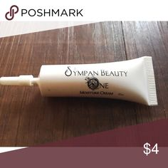 Really good face cream This is great to use before makeup Makeup Face Primer