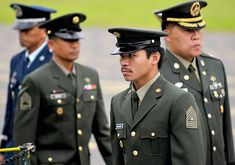 2008 Pacquiao walks with fellow officers before receiving a Legion of Honor award for being an outstanding military athlete. Philippine Army, Legion Of Honour, Manny Pacquiao, Fun Facts, Athlete, Captain Hat, Photo Galleries, Military, April 27