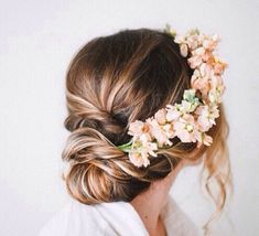 Flower crown + bun